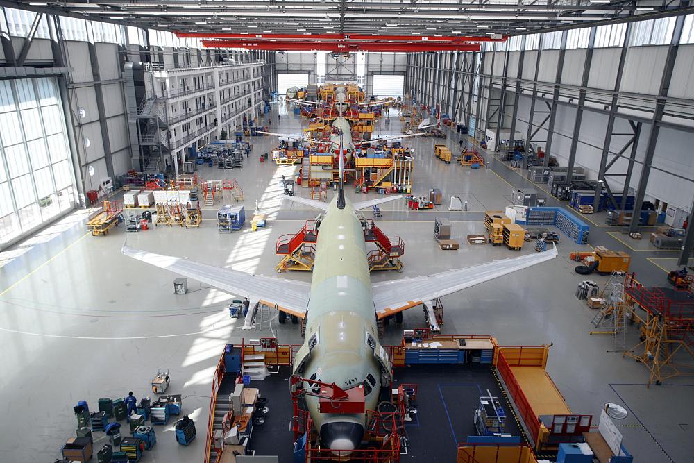 SLC - A320 Hangar Fal